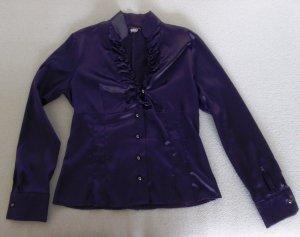 Körpernahe, elegante Bluse mit Rüschenausschnitt in Lila