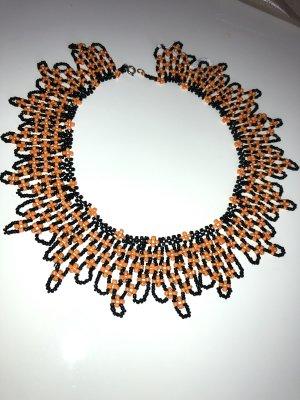 Collar estilo collier negro-naranja
