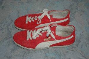 komfortable und helle in gutem Zustand Puma Rote Schuhe