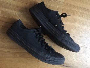 Komplett Schwarze Converse All Star Chucks