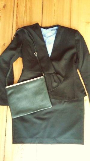 Kompletter Anzug: Rock + Blazer + Bluse + Tasche