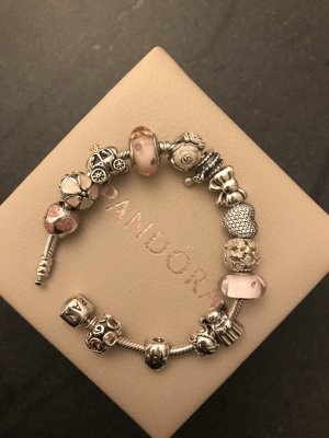 Komplettes Pandora Armband zu verkaufen