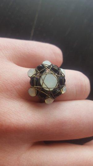 konplott Ring schwarz-weiß