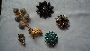 Broche color plata-color oro metal