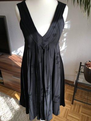 kookai kleider g nstig kaufen second hand m dchenflohmarkt. Black Bedroom Furniture Sets. Home Design Ideas
