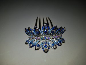 Headdress blue