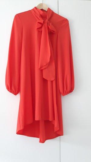 Korallrotes Kleid mit flexibler Schleife der Marke zack