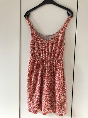 Korallrotes Kleid von H&M