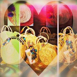 Korbtasche rund Crossbody Handmade mit Pompoms Tassel Ibiza Bohostyle Blogger Organic Fair Trade