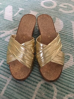 Comfort Sandals gold-colored