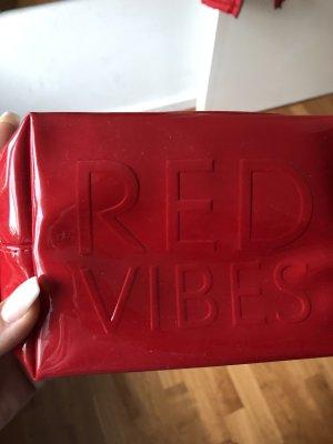 Yves Saint Laurent Make-up Kit red