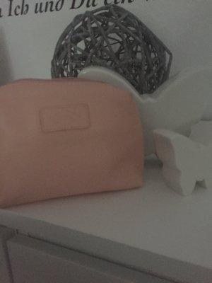 Kosmetiktasche der Marke Fossil in rose