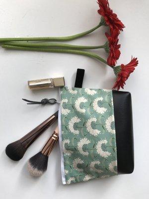 Kosmetiktasche Neu mit Blumenmuster