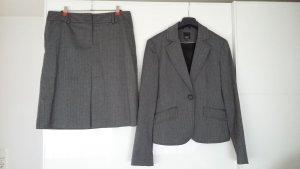 esprit collection Traje para mujer negro-gris antracita