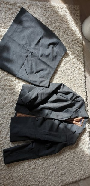 Review Ladies' Suit grey