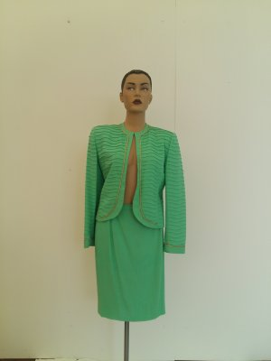 Traje para mujer verde