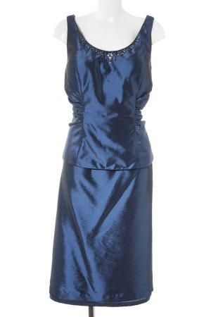 Traje para mujer azul oscuro elegante