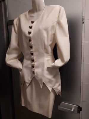 Ladies' Suit natural white linen