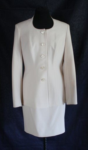 Ladies' Suit cream-oatmeal polyester