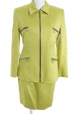 Damespak limoen geel extravagante stijl