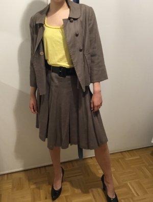 Kostüm von Caroll