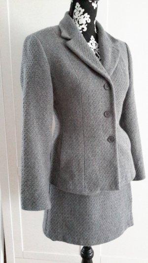 Kostüm von Sisley in grau