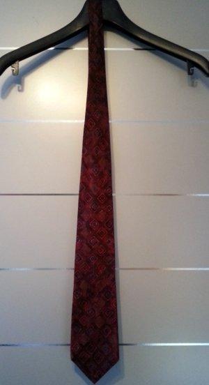 Krawatte von Hugo Boss aus Seide, dunkel rot / bordeaux