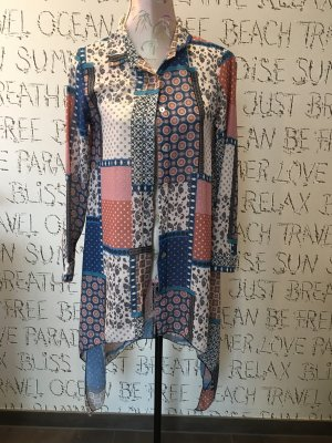Kreative Bluse mit tollem Muster