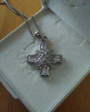 Kreuz mit Zirkonia und Kette 925er Silber