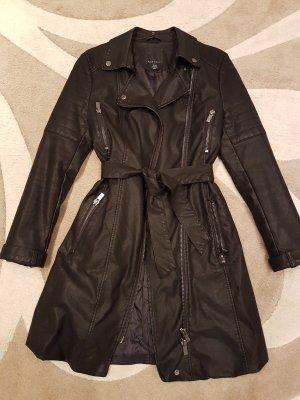 Kunst Leder Mantel in schwarz von Amisu