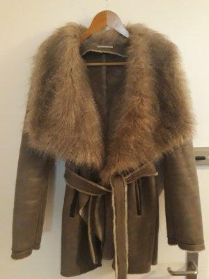 Promod Cappotto in eco pelliccia marrone-grigio Pelliccia ecologica