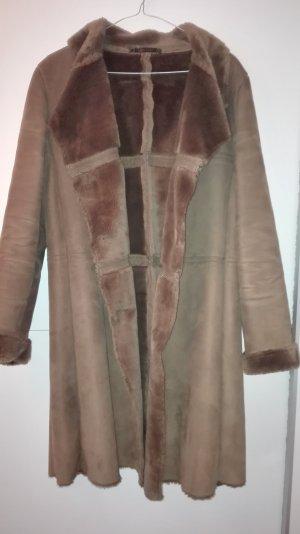 Cappotto in eco pelliccia color cammello Pelliccia ecologica