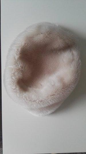 Cappello in pelliccia beige chiaro
