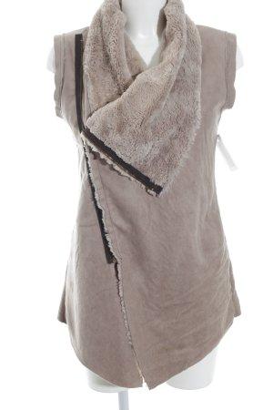 Vest van imitatiebont mauve minimalistische stijl