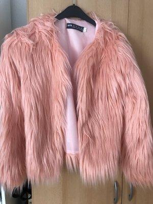 Chaqueta de piel rosa