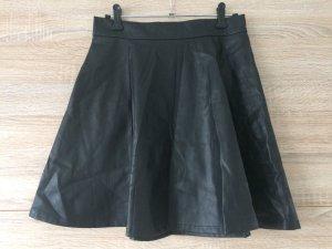 Stradivarius Leather Skirt black