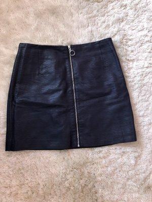 H&M Falda de cuero de imitación azul oscuro