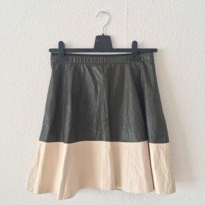 60ac20df5 Zara Falda de cuero beige claro-marrón grisáceo Imitación de cuero