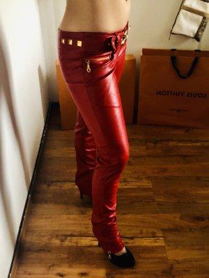 Pantalón de cuero rojo-color oro