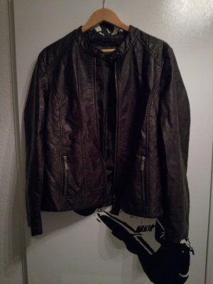 Laura Torelli Faux Leather Jacket black