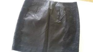 Kunstlederrock schwarz VILA mit Spitze