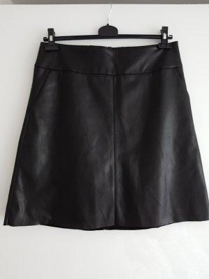 Esprit Jupe en cuir synthétique noir