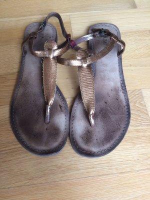 Kupferfarbe Sandalen mit Zehensteg