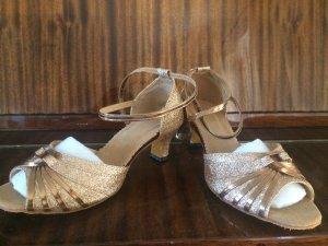 Sandalias de tacón de tiras color bronce-bermejo