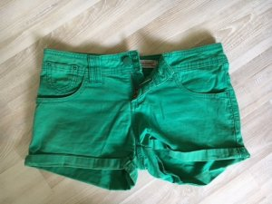 Kurz Hose (grün) Gr. 36
