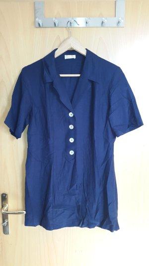 kurzärmeliges, blauese Jeanshemd