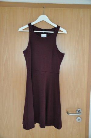 Kurzärmeliges Kleid von H&M