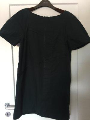 Kurzärmliges Kleid von COS in Größe 40