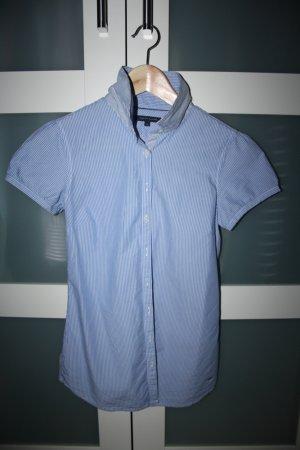 Kurzarm-Bluse, hellblau-weiss gestreift, Hilfiger, Größe XS