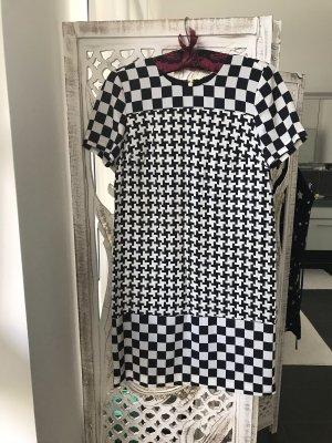 Kurzarm Kleid von Michael Kors, Grösse XS